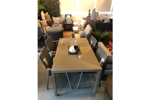Sharon Dinning Table Set